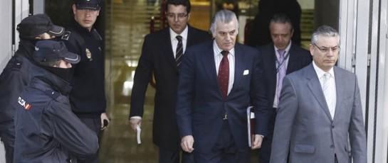 Luis Bárcenas exige 900.000 € al P.P. por su 'despido diferido'