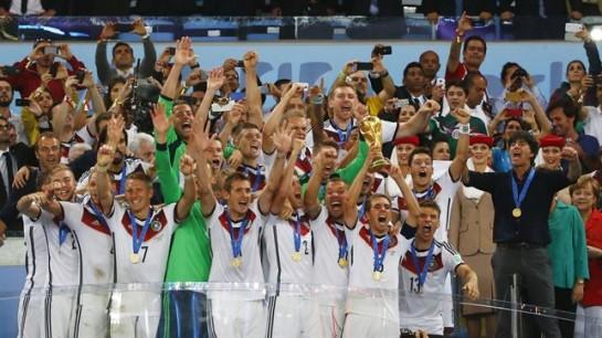 Alemania gana el mundial de fútbol en la prórroga frente a Argentina