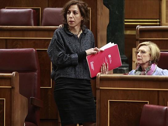 Irene Lozano (UPyD) critica a Sosa Wagner por su
