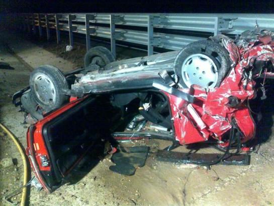 Heridos cuatro jóvenes en un accidente en la A-21, en el término de Izco