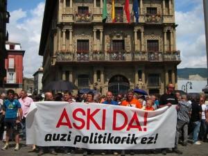 Concentración contra la sentencia contra miembros de HB por pertenencia o colaboración con ETA