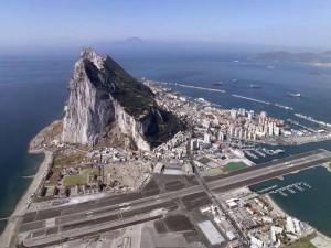 La Fiscalía investigará el contrabando y el blanqueo de capitales en Gibraltar