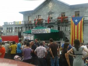 Leiza con banderqa independentista catalana