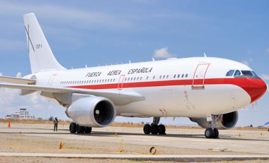 La sexta avería de un avión de las Fuerzas Armadas Españolas retrasa el viaje de Margallo a Bali