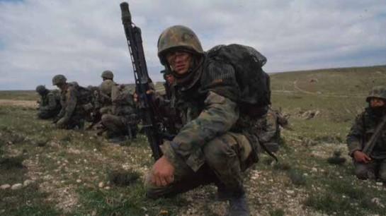 El Ministerio de Defensa se apunta a la creación de empleo con la convocatoria de 4.000 plazas