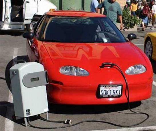 España promueve el vehículo eléctrico en la Cumbre del Clima de París (COP 21)