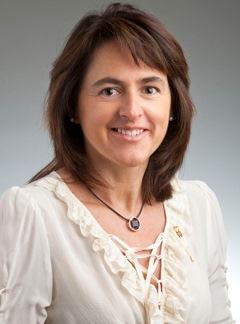 La consejera de Salud, Marta Vera, anuncia la apertura de varias infraestructuras hospitalarias