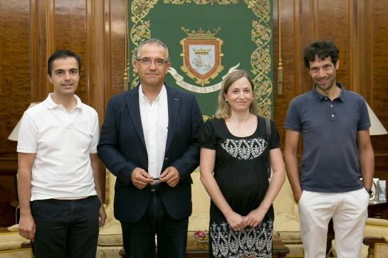 Enrique Maya recibe al presidente de la asociación Escuela Waldorf Navarra, José Fernando Morán