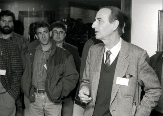 EDITORIAL: Un adiós a Vidal-Quadras, profesor de periodistas de la Universidad de Navarra