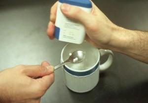 La sacarina es un endulzante habitual para el café. Foto: El Mundo.