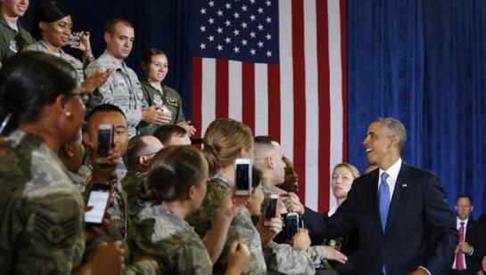 """Obama promete a sus tropas que no habrá """"otra guerra terrestre"""" en Irak"""