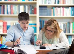 El Gobierno de Navarra abre el plazo para solicitar becas de estudio para el curso 2014-2015