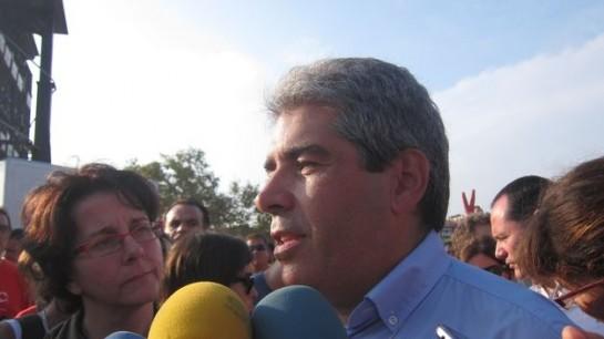 """Homs dice que el Gobierno central """"está fuera de la ley"""""""