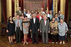 El consejero Morrás recibe a austríacos acogidos en España tras la II Guerra Mundial