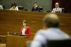 Yolanda Barcina, durante su intervención. (DN).