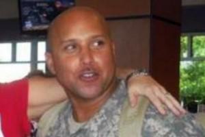 Omar J. González, de 42 años, estuvo en las fuerzas armadas de 1997 a 2003 y de 2005 a 2012.