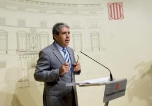 El Conseller de la Presidencia de la Generalitat de Catalunya, Franmcesc Homs en una rueda de prensa. (Foto: El Mundo).