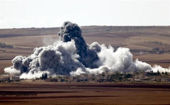 Mueren 25 miembros de Estado Islámico en bombardeos de la coalición cerca de Kobani