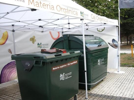 El quinto contenedor ya funciona en tres barrios de Pamplona después de la experiencia de Barañáin