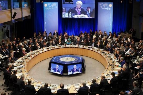 FMI: el PIB mundial crecerá menos este año por las secuelas de la crisis