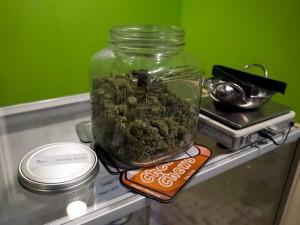 EE.UU.: Un niño de 10 años vende en el colegio la marihuana de sus abuelos
