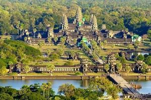 Camboya tiene en su bandera el templo Angkor Wat como símbolo y orgullo nacional.