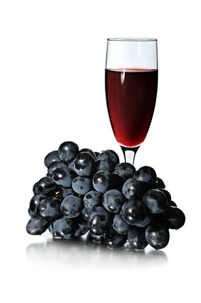 Una molécula presente en el vino tinto y la uva reduce la grasa corporal