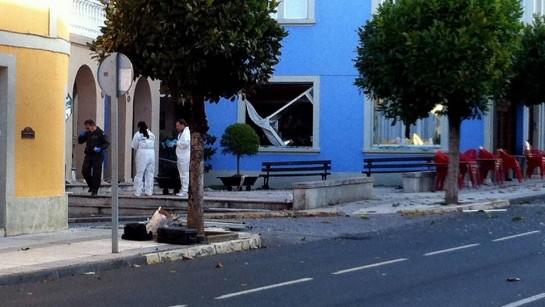 Una bomba causa graves daños en el Ayuntamiento lucense de Baralla