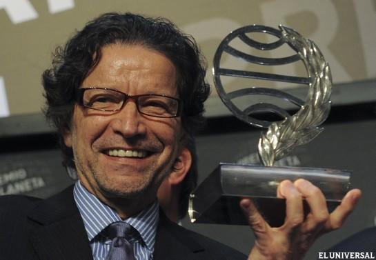 El mexicano Jorge Zepeda, Premio Planeta de novela 2014