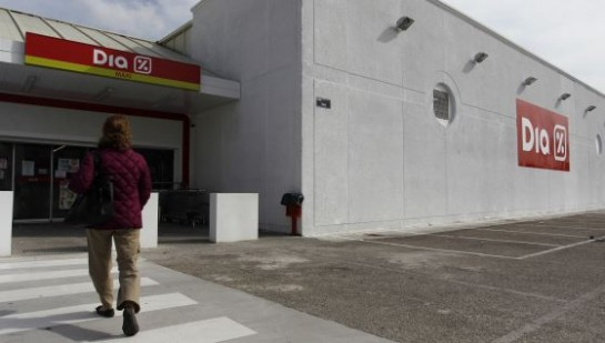 DIA compra 160 establecimientos a Eroski por 146 millones de euros
