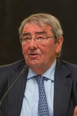 El presidente de Mediaset España, Alejandro Echevarría, en la Universidad de Navarra