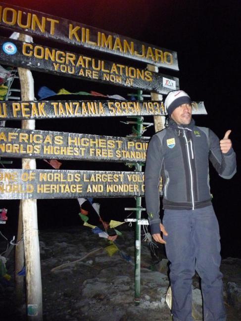 """Contador vivió """"momentos delicados"""" en el Kilimanjaro"""