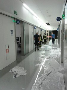Goteras en las nuevas Urgencias del CHN. (Foto: cedida).