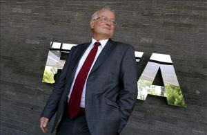 La Comisión Ética de la FIFA no ve incumplimientos en la concesión de los Mundiales de 2018 y 2022 .