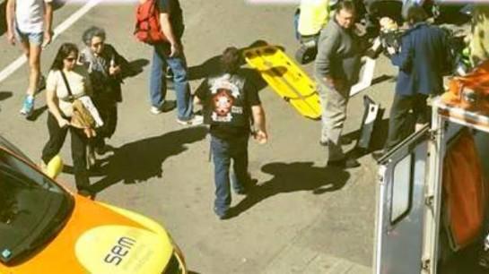 Atropella a un bebé y a una niña en Barcelona