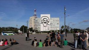 Arrestan-activistas-cubanos-participar-performance_EDIIMA20141231_0066_4