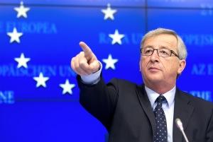 Juncker a Tsipras: No asuma que la zona euro aceptará sus planes