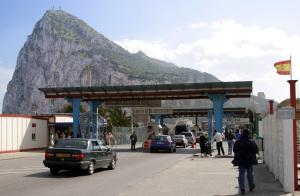 Gibraltar-Instalaciones fronterizas con España.