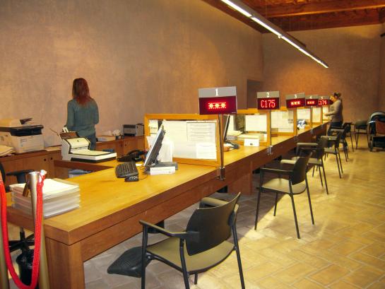 El Ayuntamiento de Pamplona reabre hoy el registro de calle Irache, 2