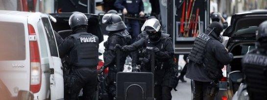Muere una policía municipal herida en un tiroteo en el sur de París