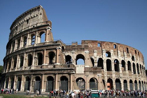 Italia da un paso más para reconstruir la arena original del Coliseo romano