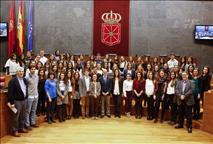 Estudiantes de la Universidad de Navarra debaten sobre democracia y participación cívica