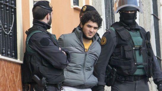 Arrestan en Nueva York a tres hombres que iban a unirse al grupo EI