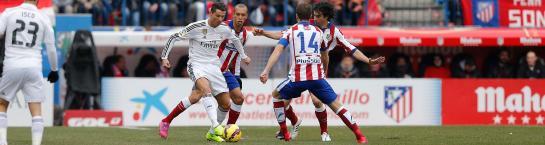 El Atlético supera en todas las líneas a un Madrid inoperante