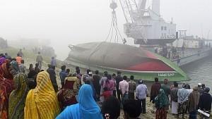 Naufragio ferry en Bangladesh
