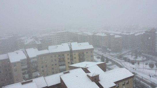 La nieve obliga a cerrar varias carreteras y puertos españoles
