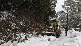 La nieve obliga a cortar la A-67 entre Cantabria y Palencia