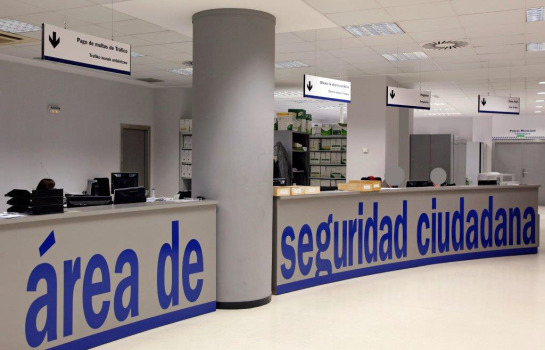 La Policía Municipal habilita nuevas oficinas en su sede para tramitar expedientes de vehículos retirados por la grúa