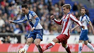El Atlético cede la tercera plaza en Cornellá