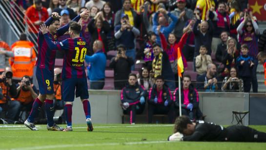 El Barça golea al Rayo (6-1) y se pone líder de la Liga